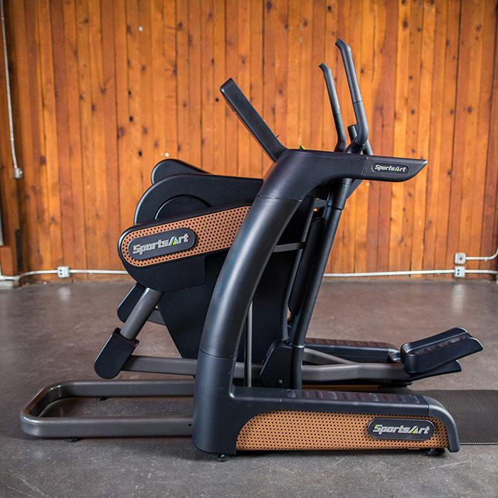 SportsArt V886 Verso Cross Trainer